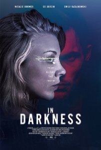 Tamsoje / In Darkness (2018)